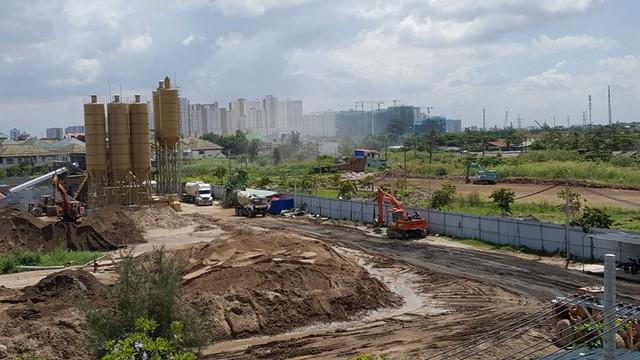 Tuyến đường R2 đang được xây dựng.