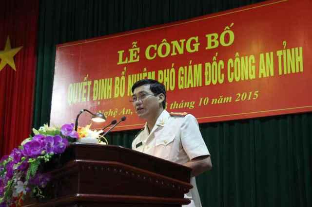 Đồng chí Đại tá Lê Khắc Thuyết - Phó Giám đốc Công an Nghệ An phát biểu nhận nhiệm vụ