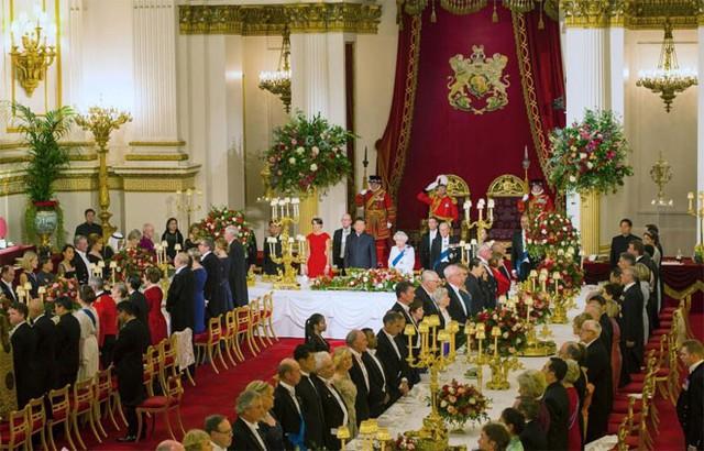 Toàn cảnh buổi quốc yến mà nữ hoàng Anh tổ chức để chiêu đãi nhà lãnh đạo Trung Quốc ngày 20/10 - Ảnh: Reuters.