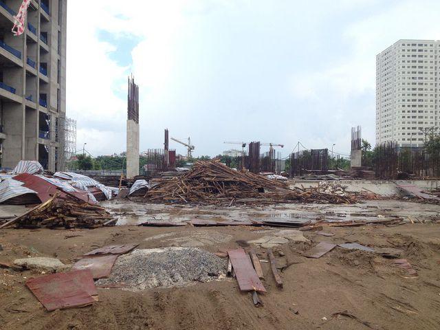 Thiết kế ban đầu: 25 tầng nổi + 2 tầng hầm. Diện tích căn hộ: 93,8m2; 101,2m2; 112,4m2. Tiến độ thực tế: Tòa nhà hiện đang thi công sàn tầng 1