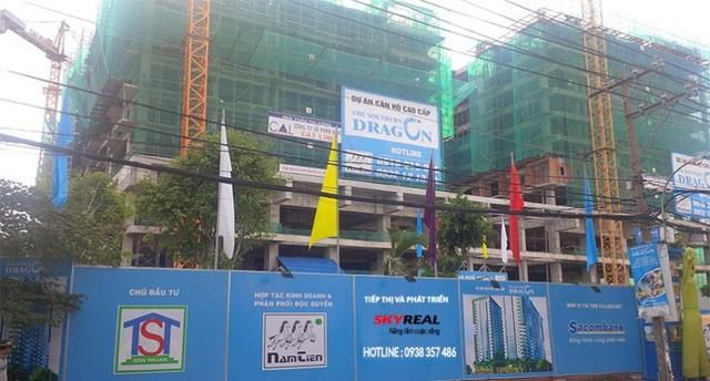 Dự án Dragon Southern của công ty Sơn Thuận đang xây dựng đến tầng thứ 10. Dự án nằm trên đường Âu Cơ, quận Tân Phú.