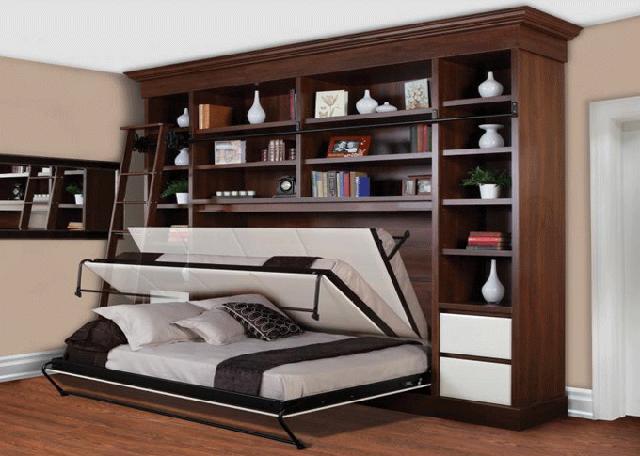 Ngoài ra, những chiếc giường tầng kết hợp góc học tập. Các bé sẽ có trách nhiệm hơn trong việc dọn góc học tập đáng yêu của mình. Với loại giường tầng cho 2 bé, chiếc phía dưới đực xếp vào rất gọn.