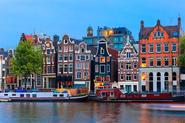 <b></div><div></div></div><p> </p>13. Hà Lan</b><p>GDP bình quân đầu người: 48.797 USD