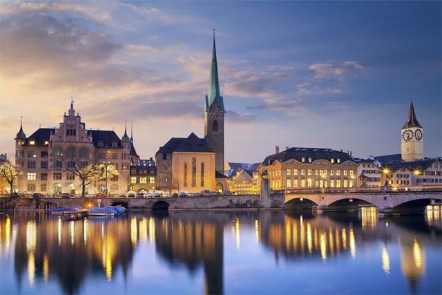 <b></div><div></div></div><p> </p>10. Thụy Sỹ</b><p>GDP bình quân đầu người: 56.815 USD