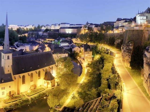 <b></div><div></div></div><p> </p>2. Luxembourg</b><p>GDP bình quân đầu người: 94.167 USD