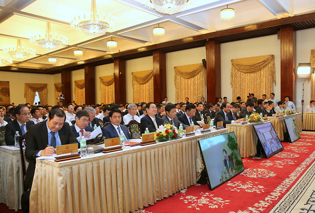 Đông đảo lãnh đạo bộ ngành địa phương tham dự hội nghị.