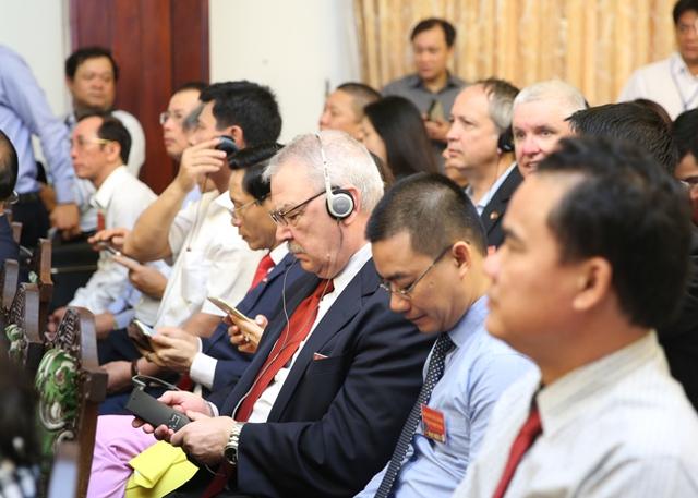 Hội nghị thu hút đông đảo đại biểu các doanh nghiệp có vốn đầu tư nước ngoài, hiệp hội doanh nghiệp như AmCham, Eurocham, Phòng Thương mại Hàn Quốc, Nhật Bản… Ảnh: VGP