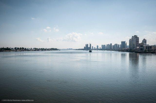 Sông Yalu là biên giới tự nhiên giữa Trung Quốc và Triều Tiên