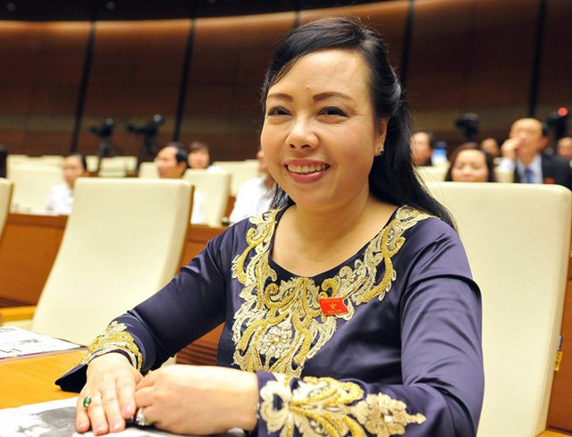 sinh năm 1959, quê Hà Tĩnh. Chức vụ: Bộ trưởng Bộ Y tế. Bà Tiến là nữ Bộ trưởng duy nhất trong Chính phủ hiện nay.