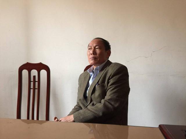 Chủ tịch phường Bạch Hạc, Phú Thọ trả lời phỏng vấn.