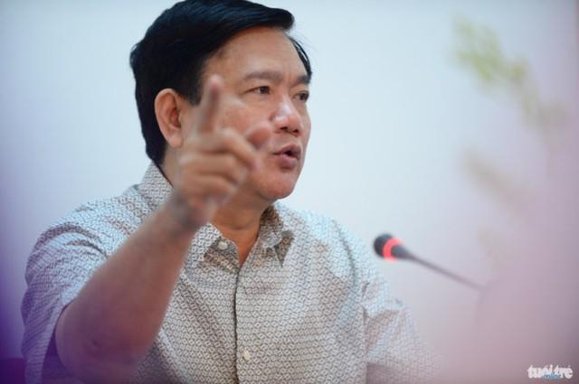 Bí thư Thành ủy TP.HCM Đinh La Thăng chỉ đạo tại cuộc họp với lãnh đạo huyện Củ Chi sáng 18-2 - Ảnh: Thuận Thắng