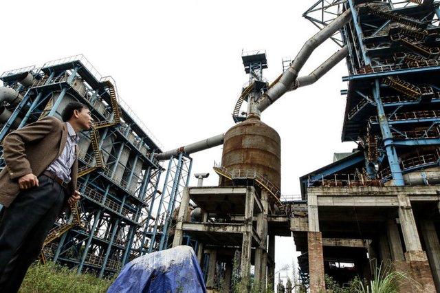 Dự án nhà máy gang thép Thái Nguyên mở rộng bị bỏ dở dang, trùm mền trong nhiều năm qua đang cần thêm nhiều tỉ đồng để tiếp tục đầu tư - Ảnh: Nguyễn Khánh