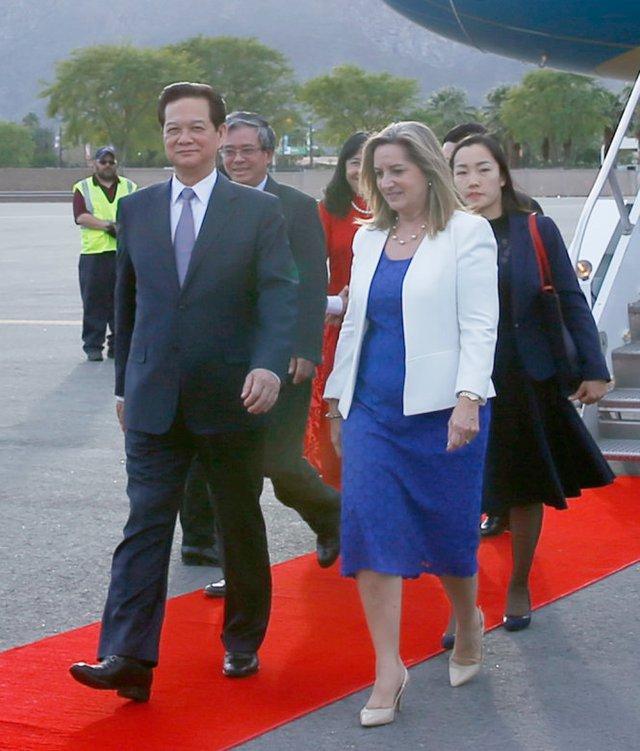 Quang cảnh lễ đón Thủ tướng Nguyễn Tấn Dũng tại sân bay Palm Spring, bang California, Hoa Kỳ - Ảnh: TTXVN
