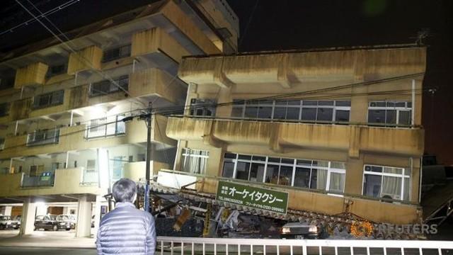 Một tòa nhà sập do động đất tại Kumamoto Ảnh: Reuters