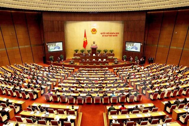 Toàn cảnh phiên họp tại hội trường của Quốc hội khóa XIII. (Ảnh: Nguyễn Dân/TTXVN)