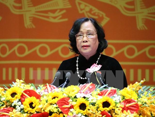 Đồng chí Phạm Thị Hải Chuyền, Ủy viên Trung ương Đảng, Bộ trưởng Bộ Lao động-Thương binh và Xã hội trình bày tham luận. (Ảnh: TTXVN)