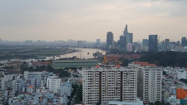 Khu vực Ba Son chuẩn bị được thay thế bằng dự án khu phức hợp dân cư cao cấp, với sức chứa gần 10.000 dân. Tuy nhiên, con đường Nguyễn Hữu Cảnh và Tôn Đức Thắng dọc dự án sẽ không bao giờ được đầu tư mở rộng.