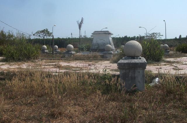 Một doanh nghiệp địa ốc tại TP.HCM cho biết hiện đơn vị này có 2 dự án khu dân cư tại Nhơn Trạch, nhưng tiếp tục chờ thời điểm thích hợp mới đầu tư.