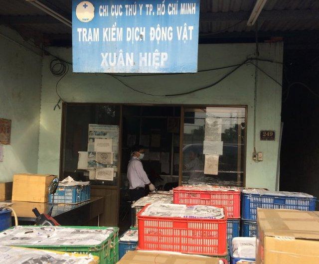 Toàn cảnh lô hàng tại trạm - Ảnh Hoàng Lộc