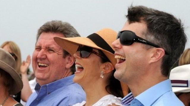Công chúa Đan Mạch Mary cùng chồng Frederik (phải) tại một sự kiện - Ảnh: Getty