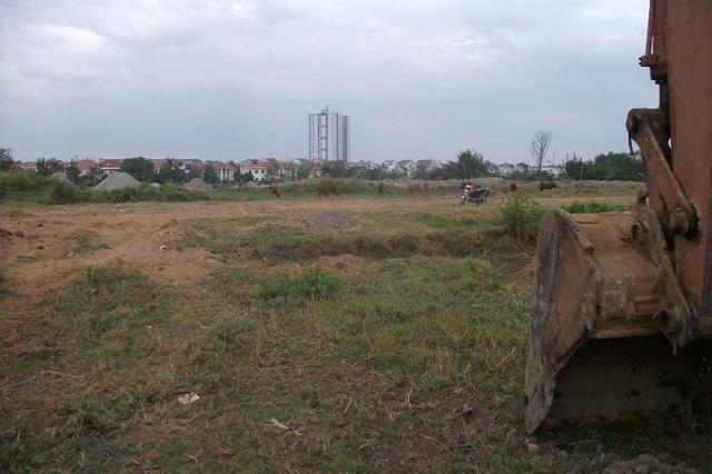Những hình ảnh trên cho thấy vẫn còn mất khá nhiều thời gian thì khu dân cư được vẽ đẹp như mơ này mới được hoàn thành.