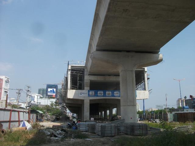 Gói thầu thi công nhà ga Thảo Điền đang thành hình từng ngày. Nhờ vậy, bất động sản tại khu vực này sẽ hưởng lợi lớn từ dự án.