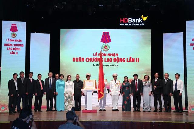 HDBank nhận huân chương lao động lần 2