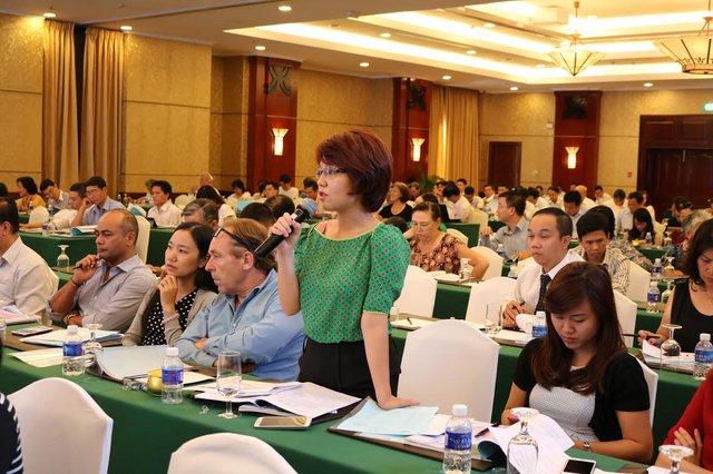 Cổ đông đại diện quỹ Việt Nam Holding chất vấn lãnh đạo HVG