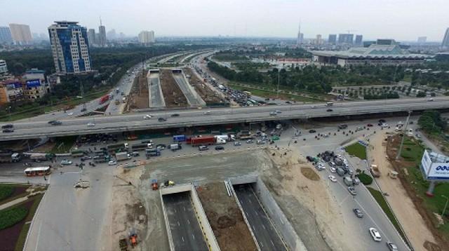 Hầm chui Đại lộ Thăng Long-Trần Duy Hưng sắp thông xe