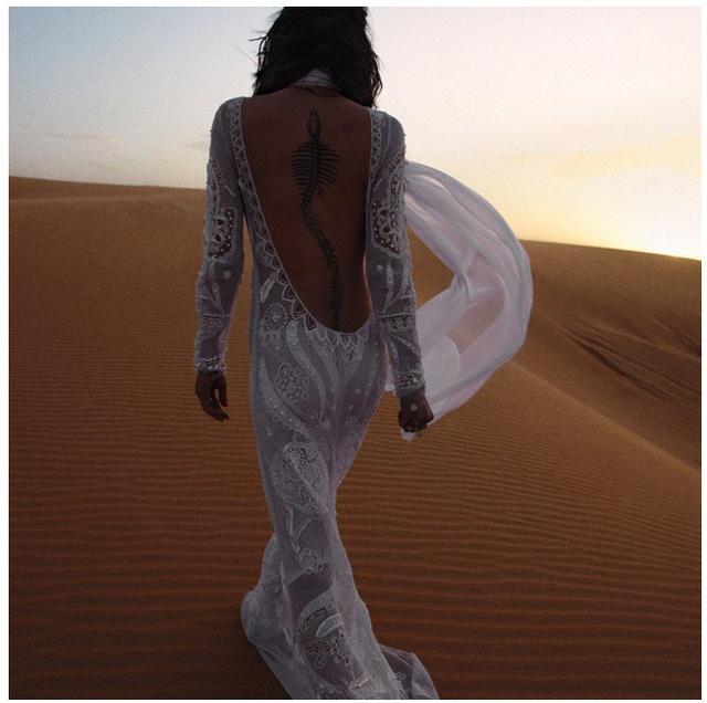 hoặc phải ra tận sa mạc mới hợp mốt
