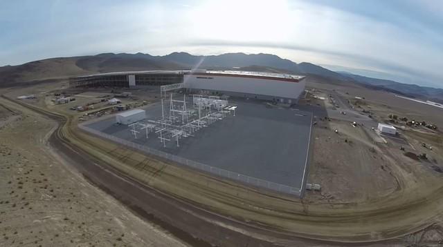 Cấu trúc điện của nhà máy tiêu tốn khoảng 300.000 USD.