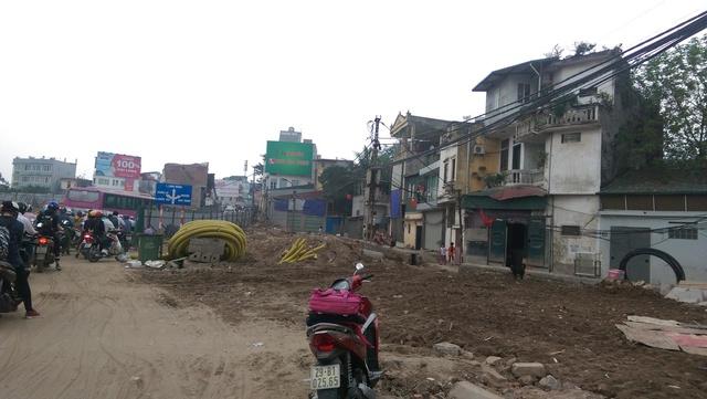 Các hộ dân tại khu vực gần đó đã thực hiện di dời