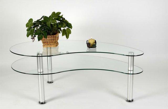 Kiểu bàn nhỏ xinh này vô cùng phù hợp với những phòng khách có diện tích khiêm tốn.