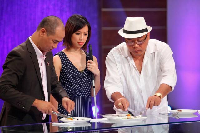 Ông chủ Khải Silk với vai trò là giám khảo trong cuộc thi MasterChef