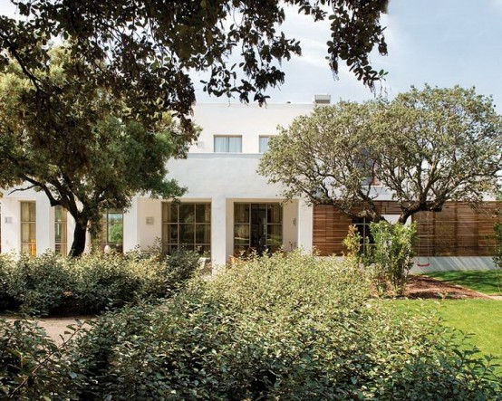 Đẹp ngẩn ngơ với ngôi nhà màu sắc phong cách Pháp (4)