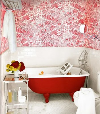 Vũ điệu sắc màu trong phòng tắm (2)