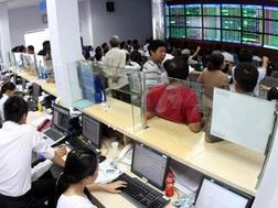 Thị trường chứng khoán ngổn ngang những cảnh báo