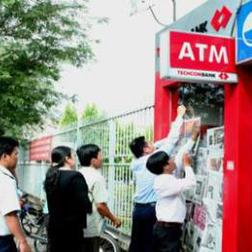 Lại thêm một vụ phá máy ATM để lấy tiền