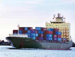 Vật lộn với cước vận tải biển