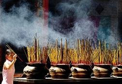 Nhang dùng hương liệu Trung Quốc, càng thơm càng độc