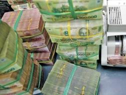 Các ngân hàng đã chi 408 ngàn tỷ trả lãi tiền gửi, tiền vay
