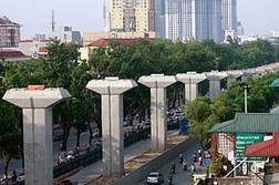 """Dự án đường sắt đô thị Cát Linh –Hà Đông: Tiến độ có nguy cơ """"vỡ trận"""""""