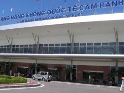 Cảng hàng không quốc tế Cam Ranh đang đặt mục tiêu nâng số hành khách lên 2,5 triệu lượt/năm vào 2015.