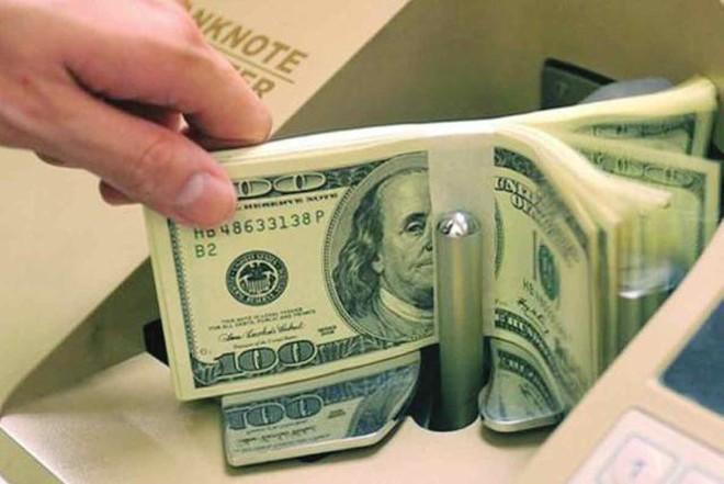 NHNN tiếp tục bán USD
