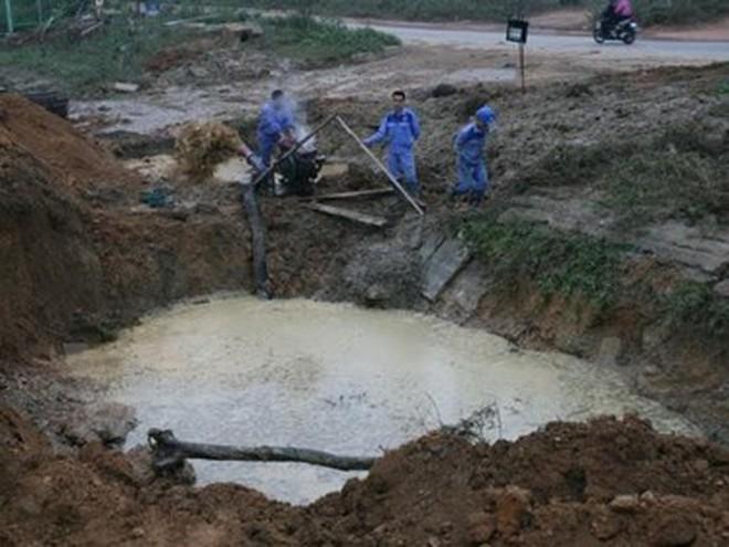 Lại vỡ đường ống sông Đà, khoảng 70.000 hộ dân bị ảnh hưởng