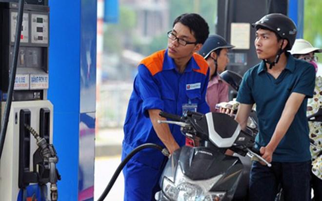 Giá xăng giảm thêm 178 đồng/lít từ 15h chiều nay