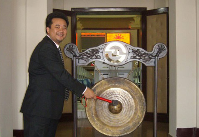 JVC miễn nhiệm chức danh Chủ tịch HĐQT và Giám đốc đối với ông Lê Văn Hướng