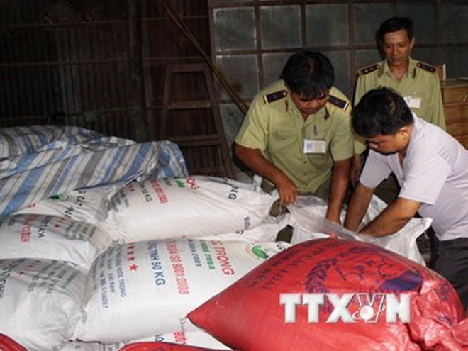 Thủ đoạn tinh vi của đối tượng nhập lậu đường cát Thái Lan