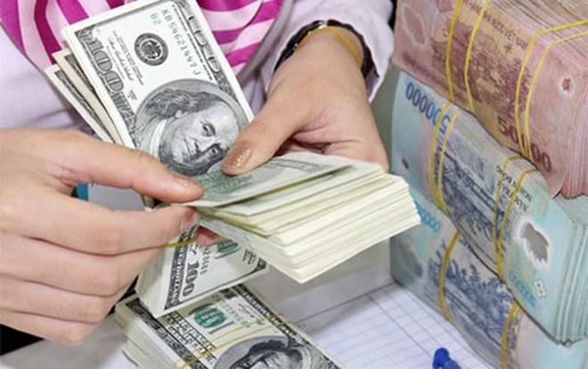 HSC: NHNN bơm 100-200 triệu USD mỗi ngày