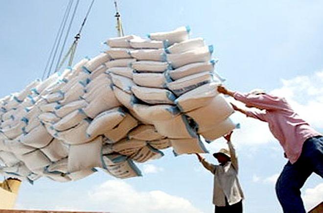 Xuất khẩu gạo tiếp tục giảm